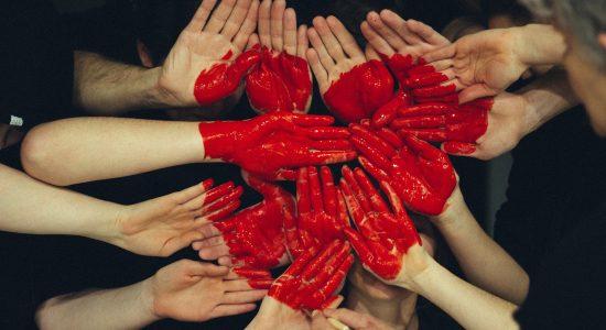 hands-1846428_1920